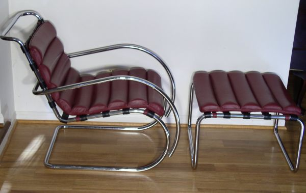 Peachy Mr40 Lounge Chair And Ottoman Mies Van Der Rohe Squirreltailoven Fun Painted Chair Ideas Images Squirreltailovenorg
