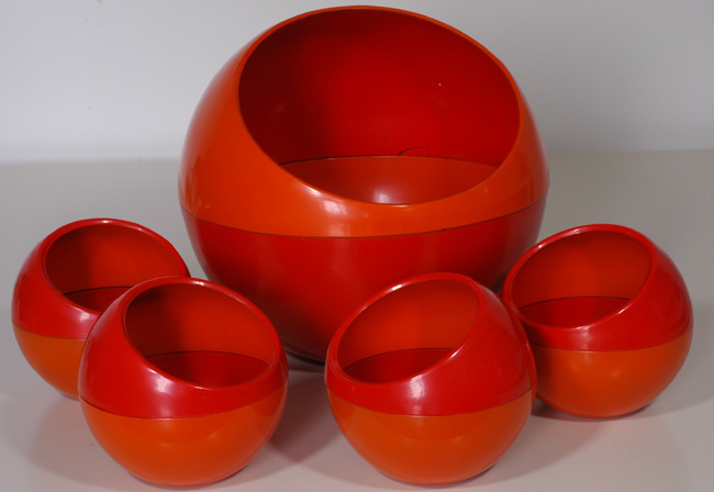Mod Pod Salad Bowl Set :  dishes design eames era bowl