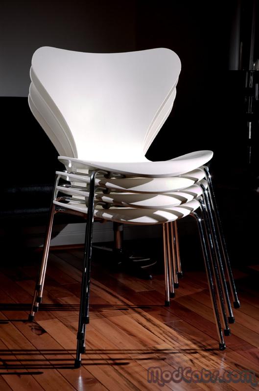 Arne Jacobsen For Fritz Hansen Series 7